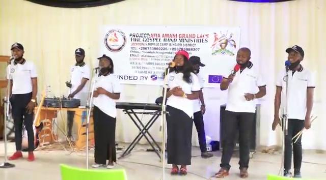 Le groupe Fire Gospel Band Ministries de l'Ouganda produit une chanson pour sensibiliser au respect des mesures barrières contre le Covid-19.