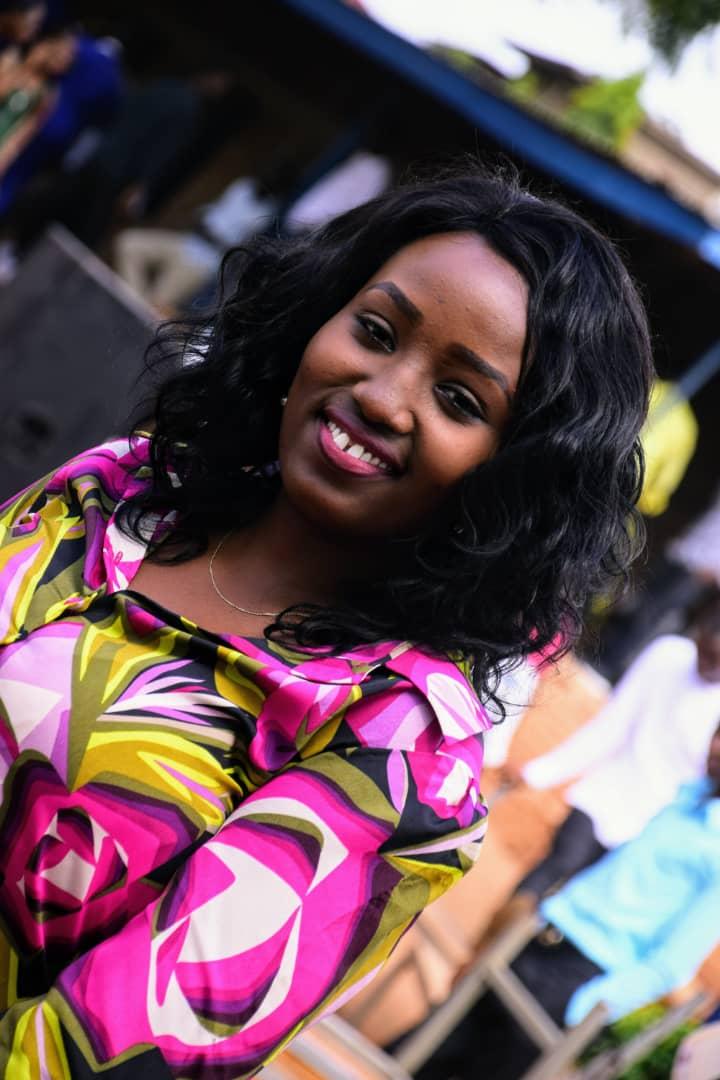 Isney BARIKO, l'étoile montante de la presse burundaise
